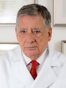 Dr. Francisco Martos Molino - Clinica Alpe